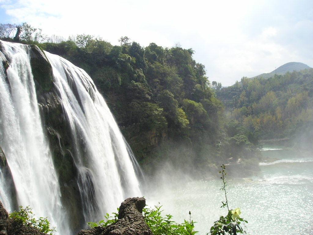 Huangguoshu Waterfall Resort8