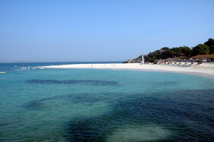 Tropical Seashore Scenic Zone of Sanya City4