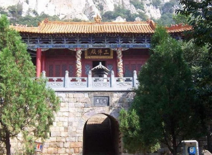 Zhongyue Mountain Songshan Scenic Area11