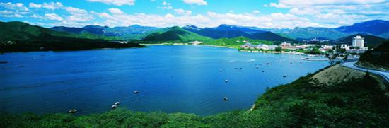 photo of Yanqi Lake